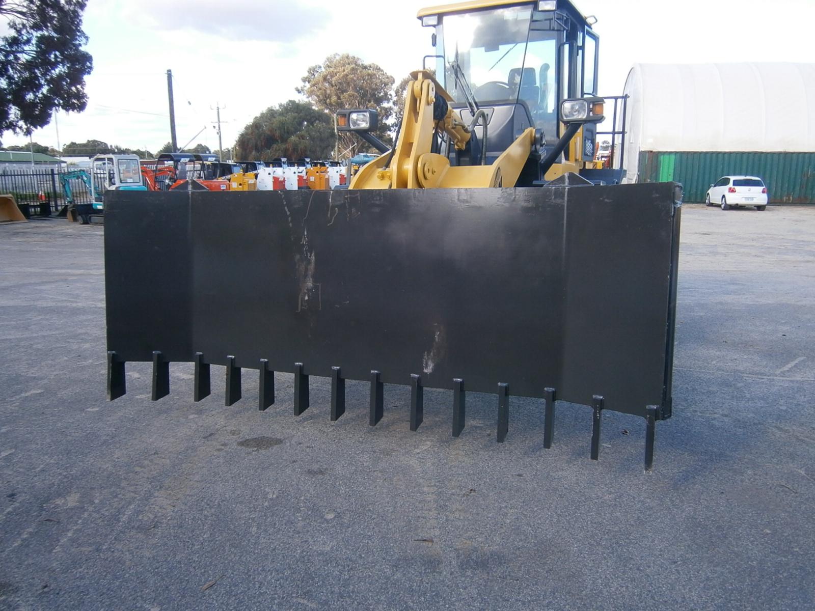 Stick Rake T/S WCM Loader - Worldwide Construction Machinery